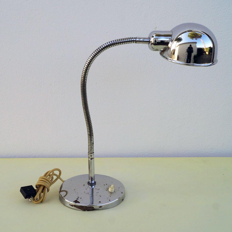 Lampada da scrivania in acciaio cromato anni 70 vintage - Lampade da scrivania design ...